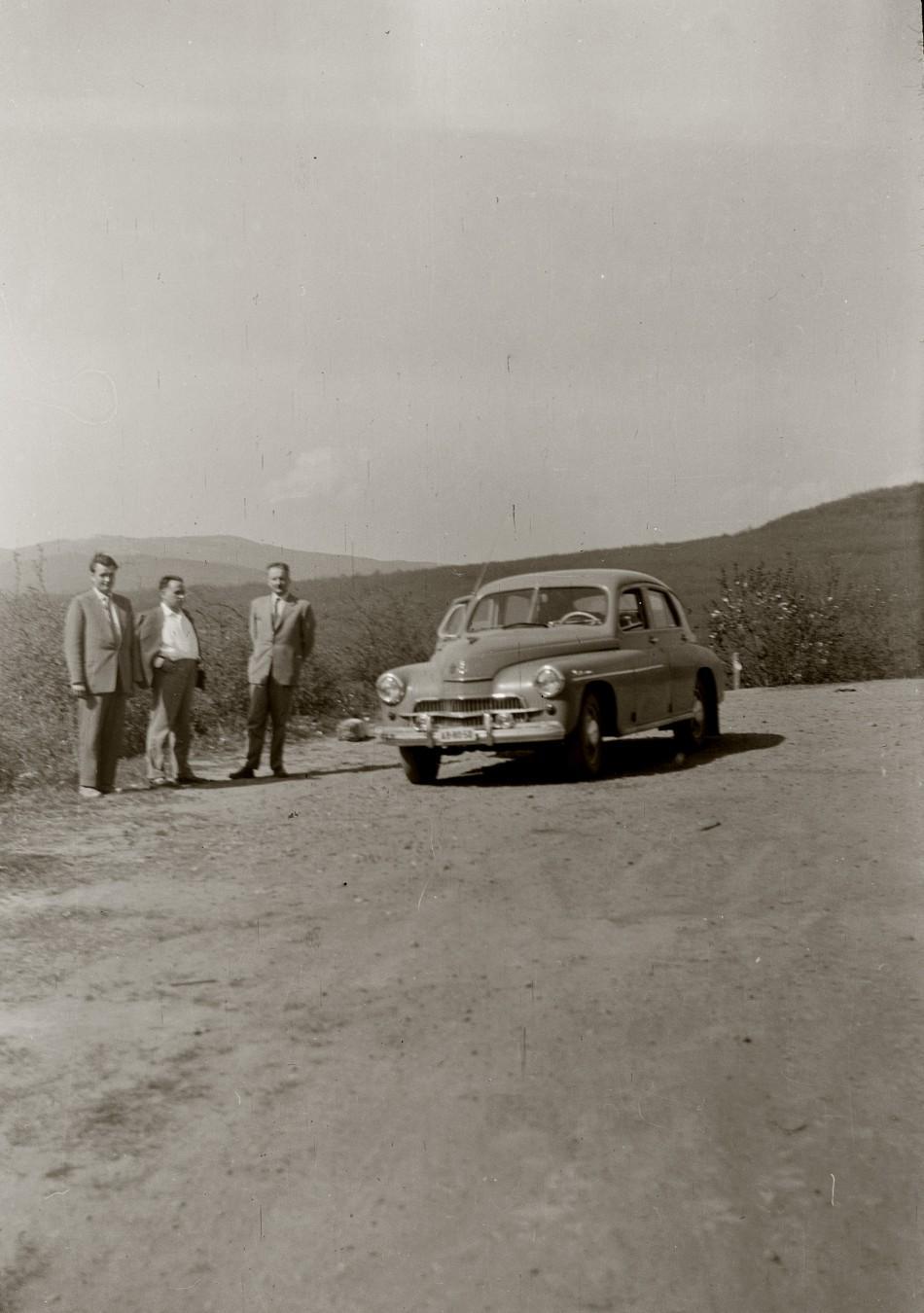 Főnöki autó