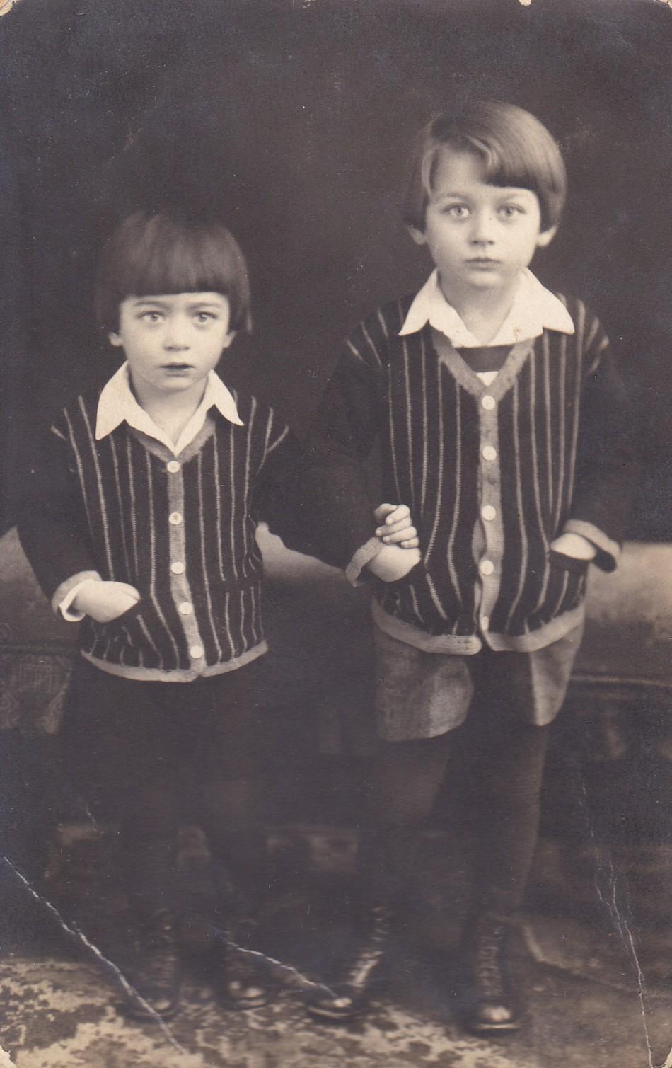 Dragonics György és István 1926. január