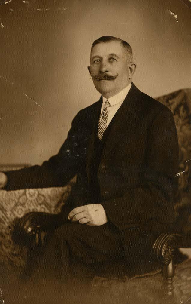 Steier György, hetven éves. 1934. április 20.